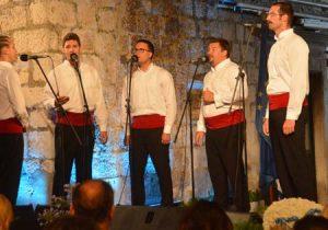 Zagrebački koncert klape Stine