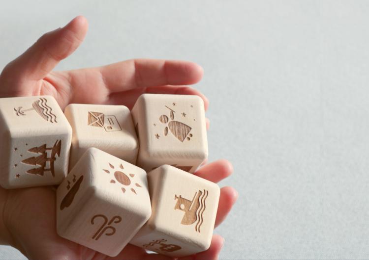 Potakni maštu uz Story Teller Cube – kockice koje pričaju priču