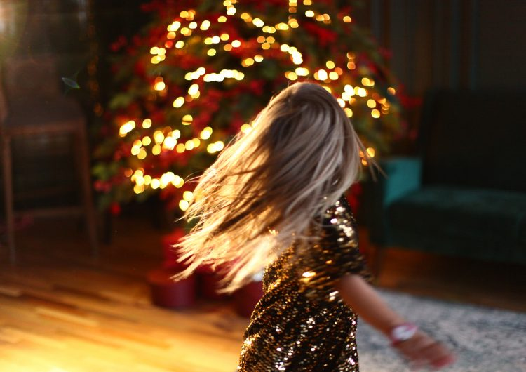 Božićni ples i revolucija
