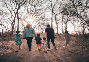 Imati obitelj s troje ili više djece u današnjem društvu: zastarjeli trend ili nemoguće za ostvariti u životu?